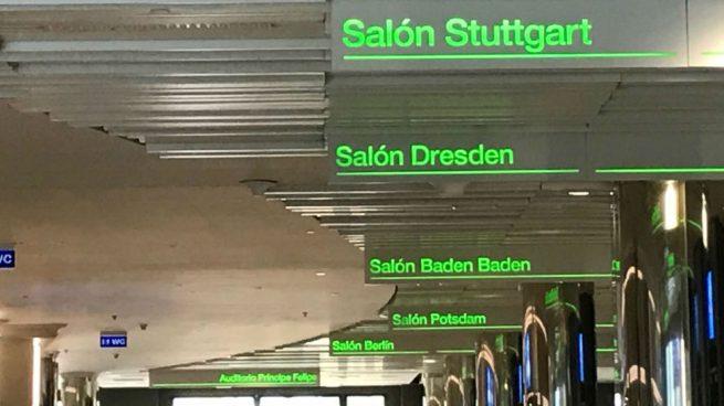 El fantasma de Puigdemont en el congreso del PP: los salones tienen nombre de ciudades alemanas