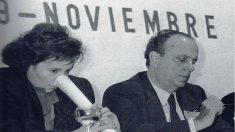 Celia Villalobos en un mitin junto a Manuel Fraga, exministro de Franco