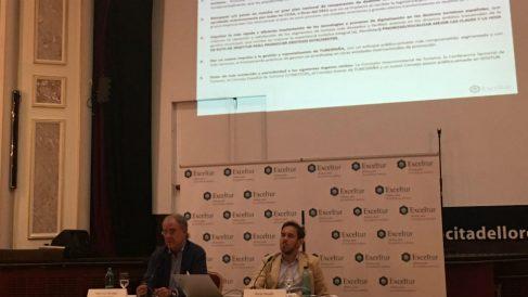 José Luis Zoreda, vicepresidente de Exceltur y Óscar Perelli, director de Estudios de Exceltur (Foto: C.M.)