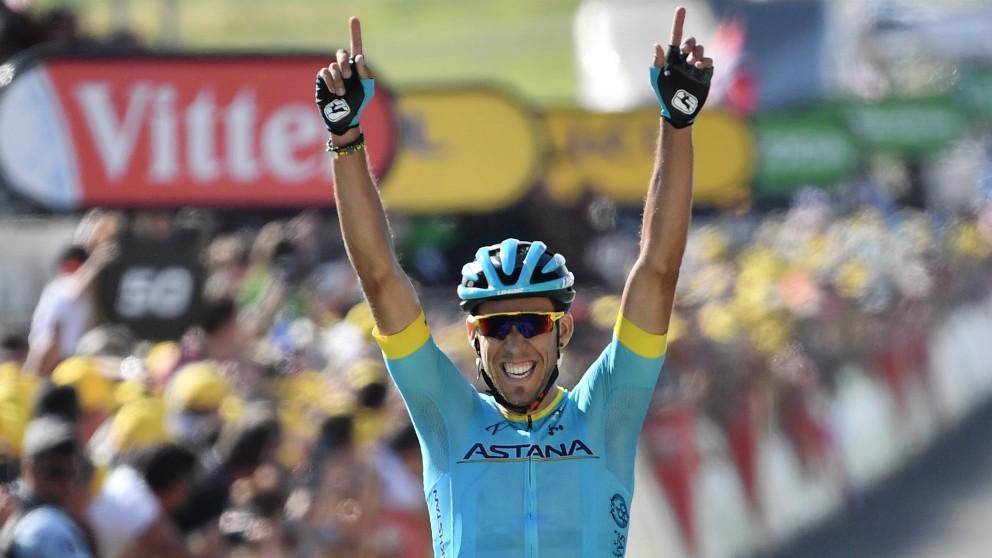 Omar Fraile celebra su triunfo en Mende. (AFP)
