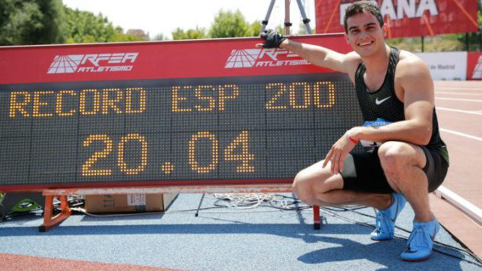 Bruno Hortelano batió el récord de España de 200 metros lisos. (@atletismoRFEA