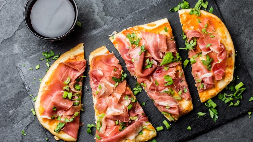 Receta de pizza de jamón serrano