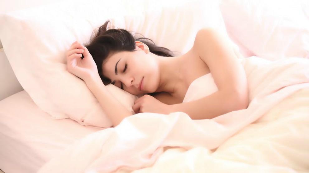 Consejos para que las embarazadas puedan dormir bien en verano