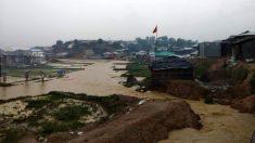 Un campo de refugiados rohingya inundado por el monzón en Bangladesh. (Foto: Medglobal)