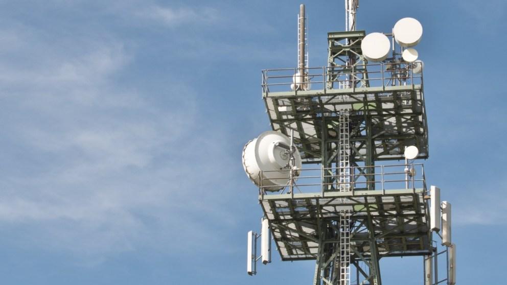 ¿Es peligroso vivir cerca de una antena de telefonía móvil?