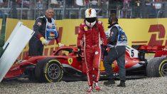 Vettel se lamenta tras salirse de la pista y abandonar en Alemania (Getty).