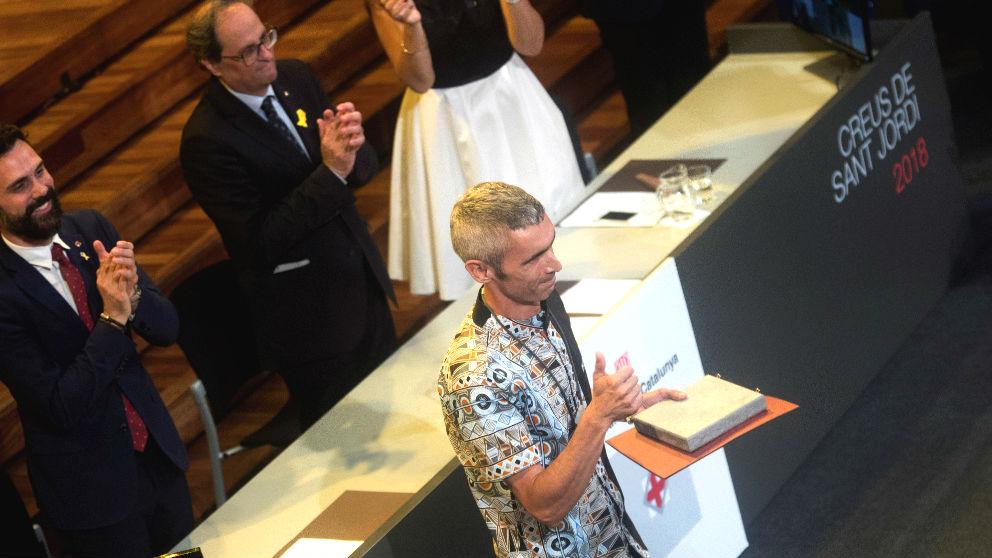 El músico Roger Español perdió la visión por el impacto de una pelota de goma durante el referéndum del 1-O. (Foto: Efe)