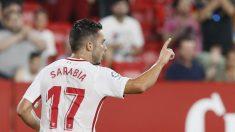Pablo Sarabia celebra un gol con el Sevilla. (EFE)