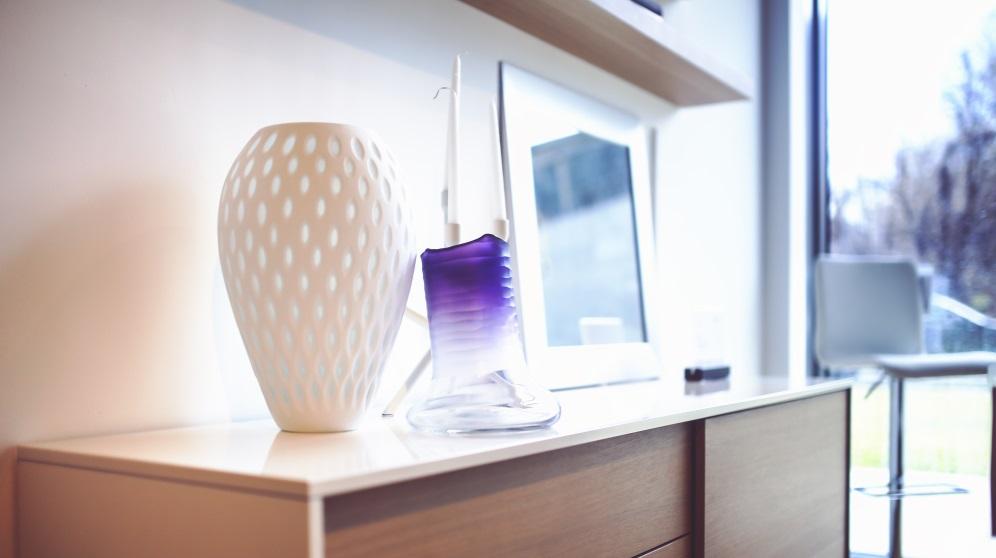 Cómo decorar con jarrones de manera original y creativa