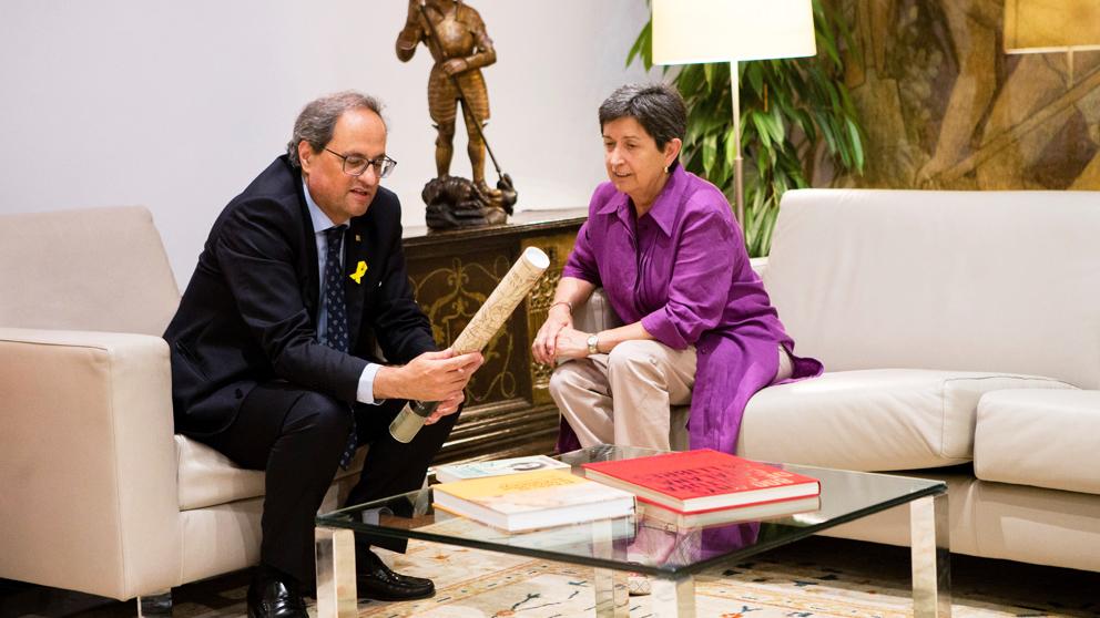 El presidente de la Generalitat, Quim Torra, y Teresa Cunillera, delegada del Gobierno en Cataluña. (Foto: EFE)