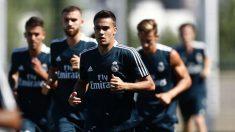 Sergio Reguilón durante un entrenamiento con el Real Madrid. (Realmadrid.com)