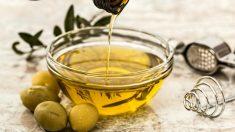 El aceite de oliva ayuda a acabar con las grietas en los pezones