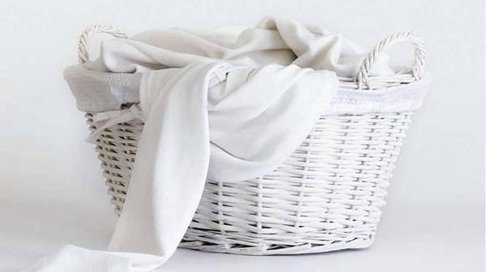 Cómo lavar ropa blanca de manera eficaz para que quede impecable