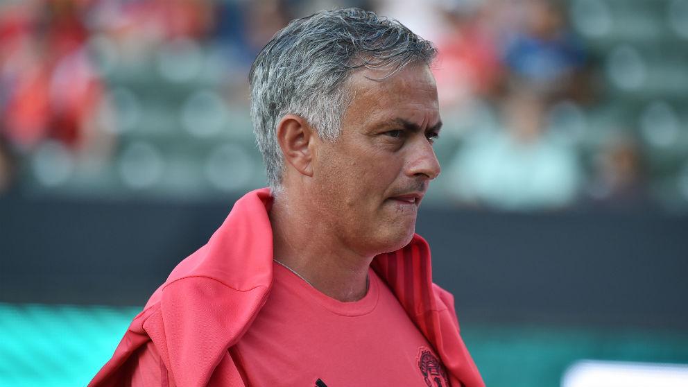 Mourinho durante el partido de la International Champions Cup ante el Liverpool. (AFP)