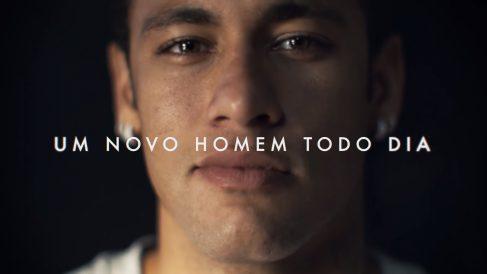 Neymar, en uno de los momentos del anuncio.