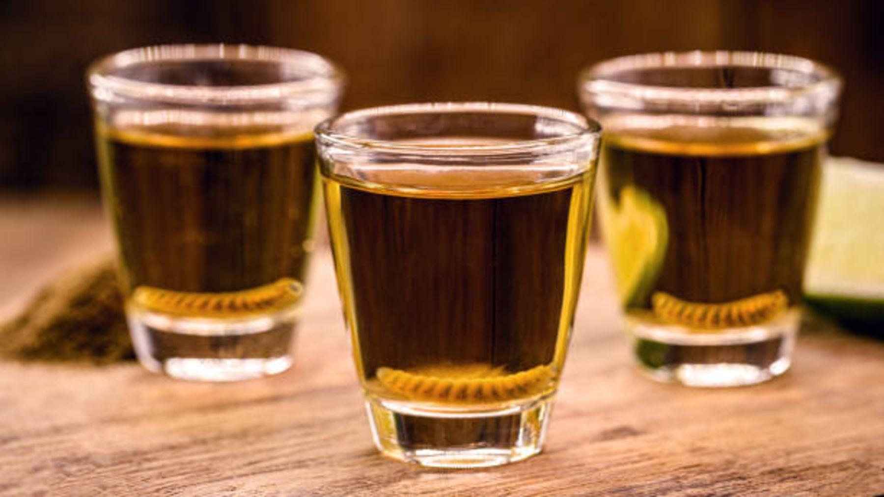 Descubramos el porqué de los gusanos dentro del tequila