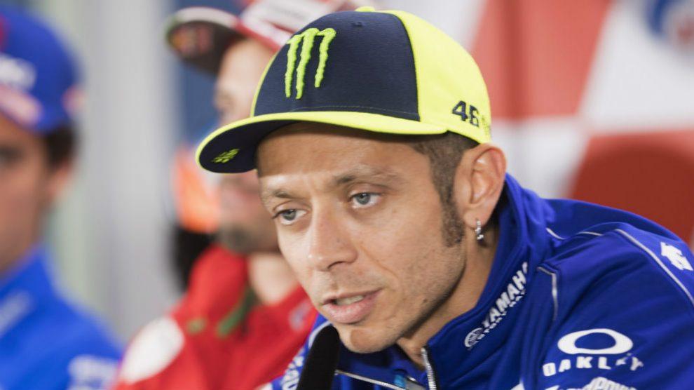 Valentino Rossi considera que podrá estar más cerca de Marc Márquez durante la segunda parte del mundial de MotoGP. (getty)