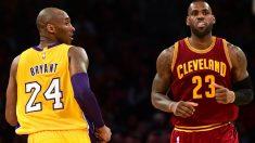 Kobe Bryant junto a Lebron James en un Lakers-Cavaliers. (AFP)