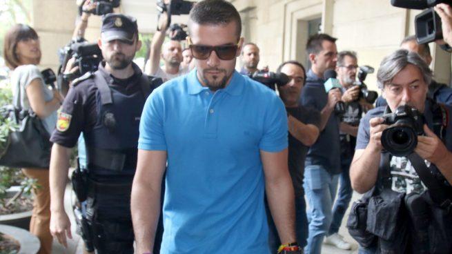 España: Detienen a un miembro de La Manada por robo y agresión