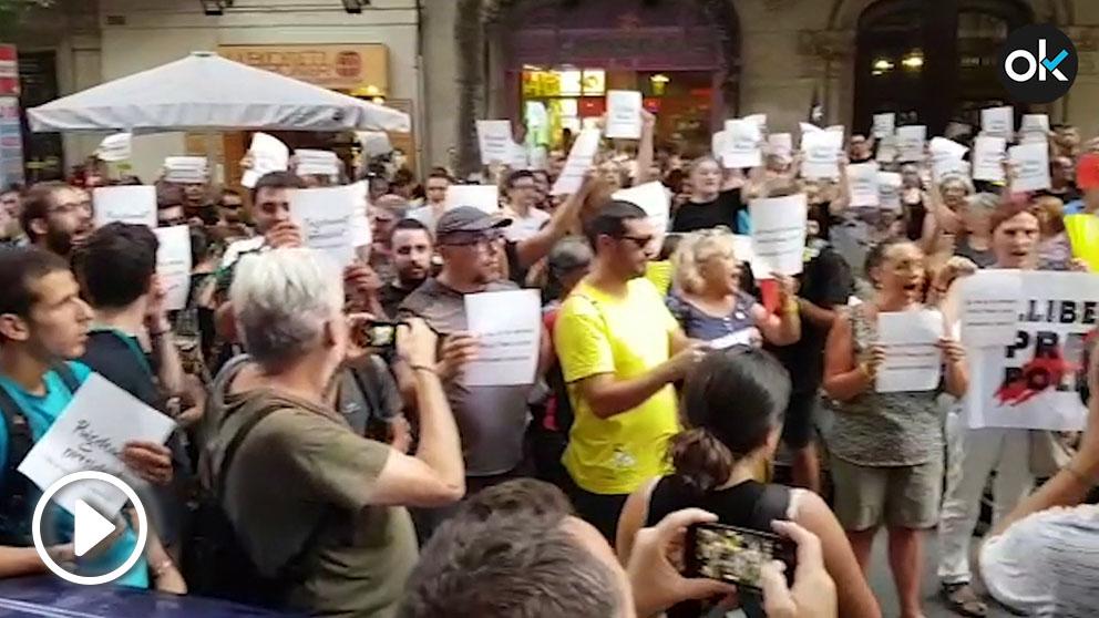 Una manifestación de los CDR delante de la sede del PDeCAT del pasado 2 de agosto