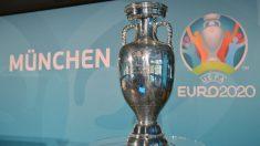Imagen del trofeo de la Eurocopa durante la presentación de Múnich como sede. (Getty)