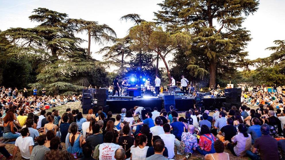 El grupo Vetusta Morla durante el concierto sorpresa que ofrecieron en Veranos de la Villa de Madrid. Foto: Veranos de la Villa