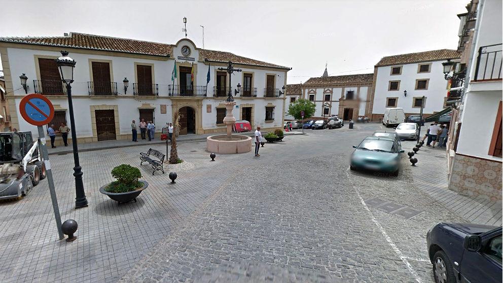 Plaza del Ayuntamiento de Cañete la Real (Málaga).