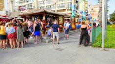 Turistas en Benidorm (Foto: iStock)