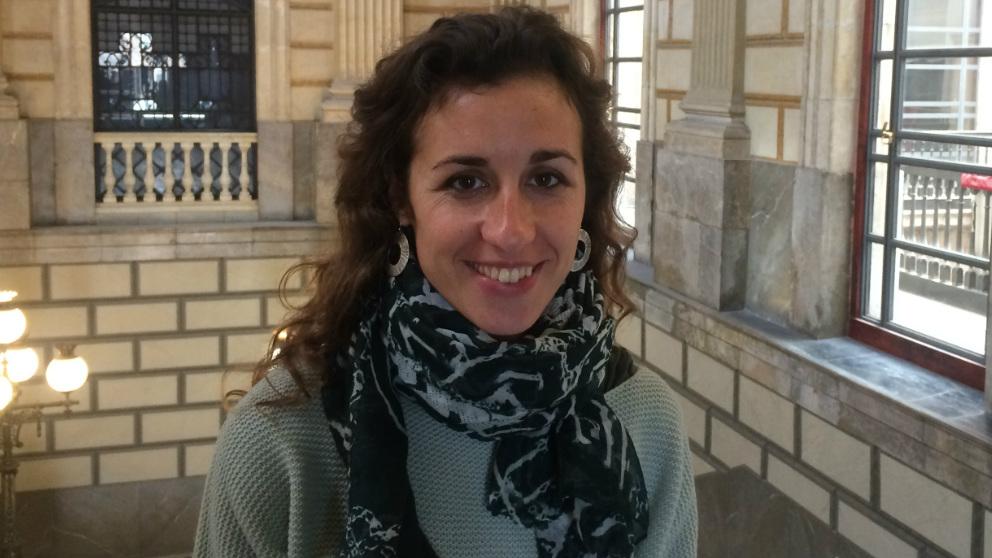 Laia Estrada,  portavoz de la CUP en el Parlament.