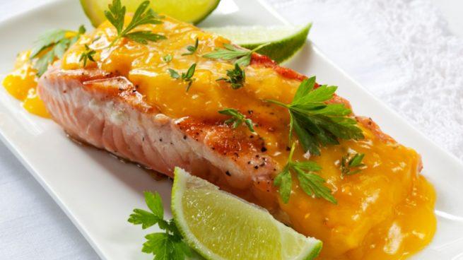 Con salsa salmon mango