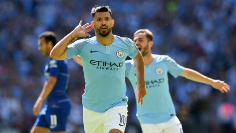 Agüero celebra un gol ante el Chelsea. (Getty)