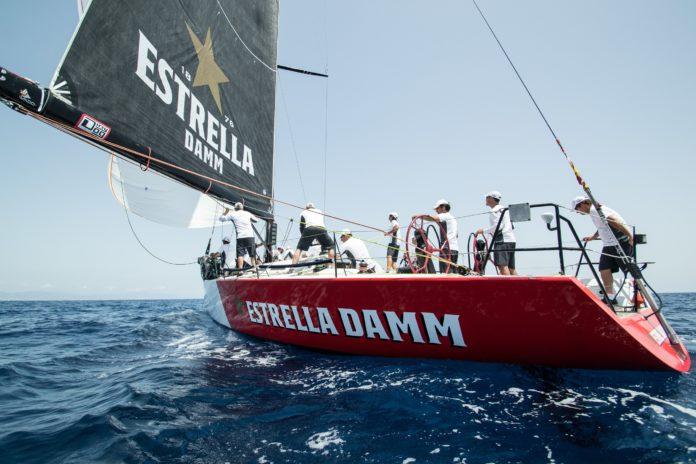 Estrella-Damm-Sailing-Team-2018-4-696×464