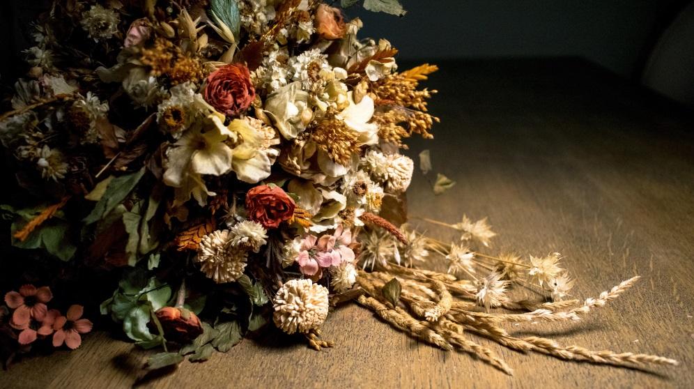 Cómo secar flores de diferentes maneras