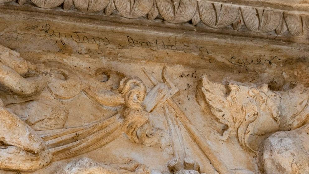 Firma de Bécquer en la portada de la iglesia del convento (Foto: EFE).