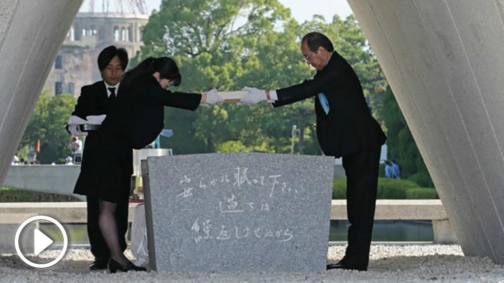 Un momento del memorial en recuerdo de las víctimas de la bomba atómica de Hiroshima. Foto: AFP