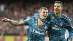 Toni Kroos y Cristiano Ronaldo celebran un gol. (AFP)
