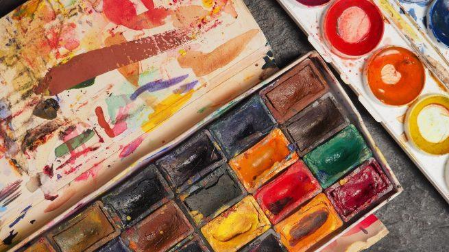 Cómo pintar con acuarela sobre papel