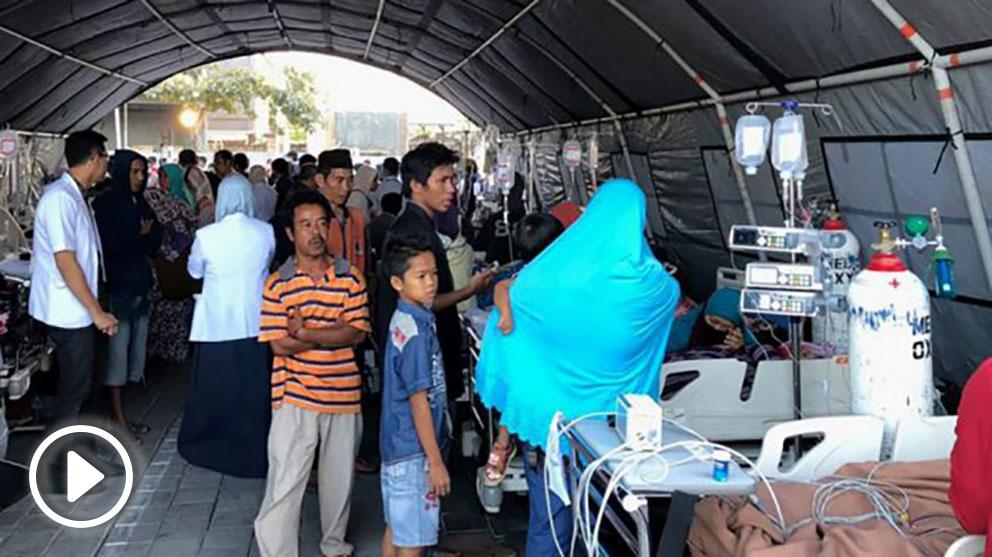Afectados por el terremoto registrado en la costa de Lombok, Indonesia. Foto: AFP