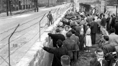 El muro de Berlín comenzó a construirse un 13 de agosto de 1961 y finalizó sus obras al día siguiente | Efemérides del 13 de agosto de 2018.