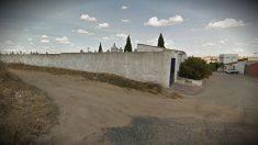 Cementerio en el camino de Fuensalida de Camarenilla (Toledo), donde se produjo el suceso.