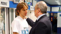 Modric y Florentino Pérez, en una foto de archivo.