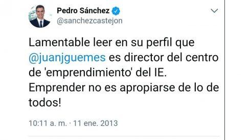 Tuit de Pedro Sánchez en 2013 en el que arremete contra Juan José Güemes por su trabajo en el IE.
