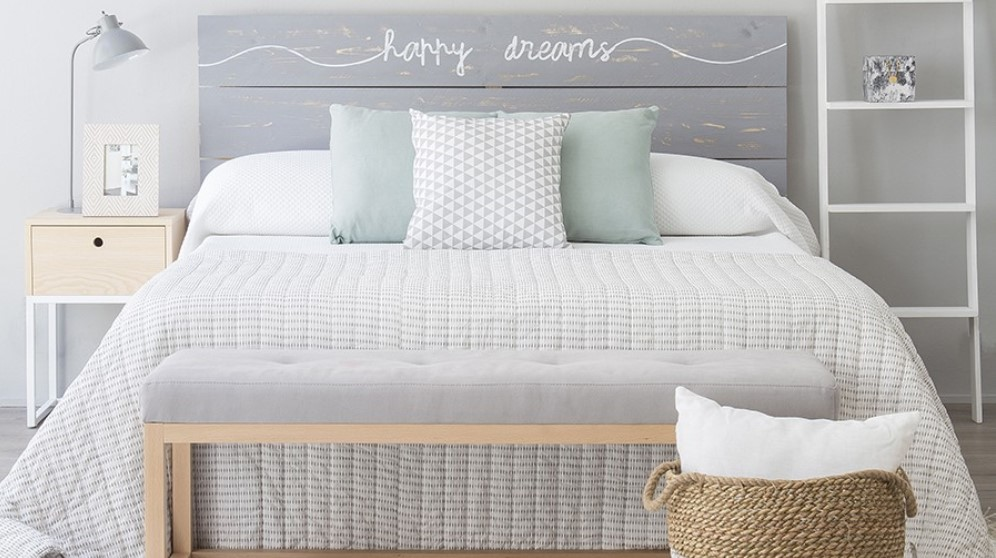 C mo decorar el cabecero de la cama con ideas originales - Ideas para cabeceros de cama originales ...