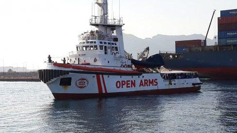 El buque 'Open Arms', en el puerto de Algeciras. (EP)
