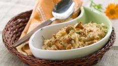 Receta de arroz basmati con jamón y setas, una cena rápida y saludable