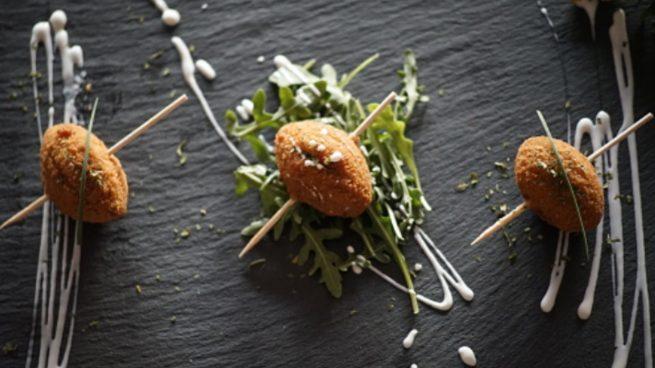 Croquetas de ternera guisada: la receta idónea para un tentempié