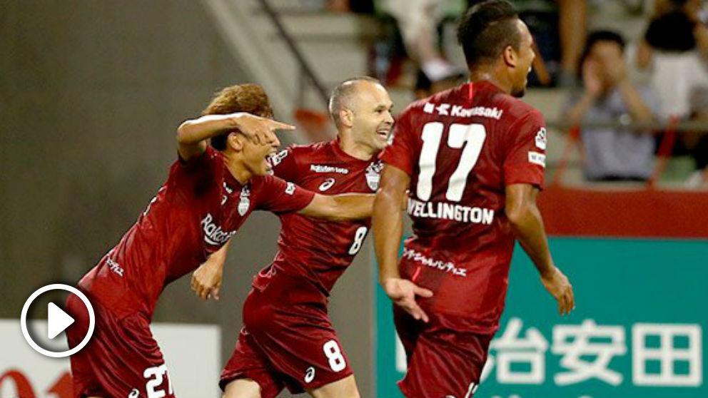 Iniesta celebra su primer gol en Japón. (Vissel Kobe)