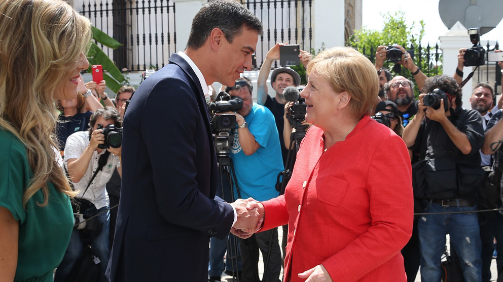 Pedro Sánchez y Ángela Merkel (Foto: EP)