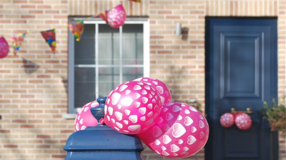 Cómo decorar una fiesta con globos de diferentes maneras