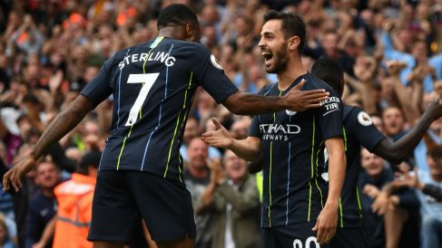 Bernardo Silva y Sterling celebran el segundo gol del City al Arsenal. (Getty)